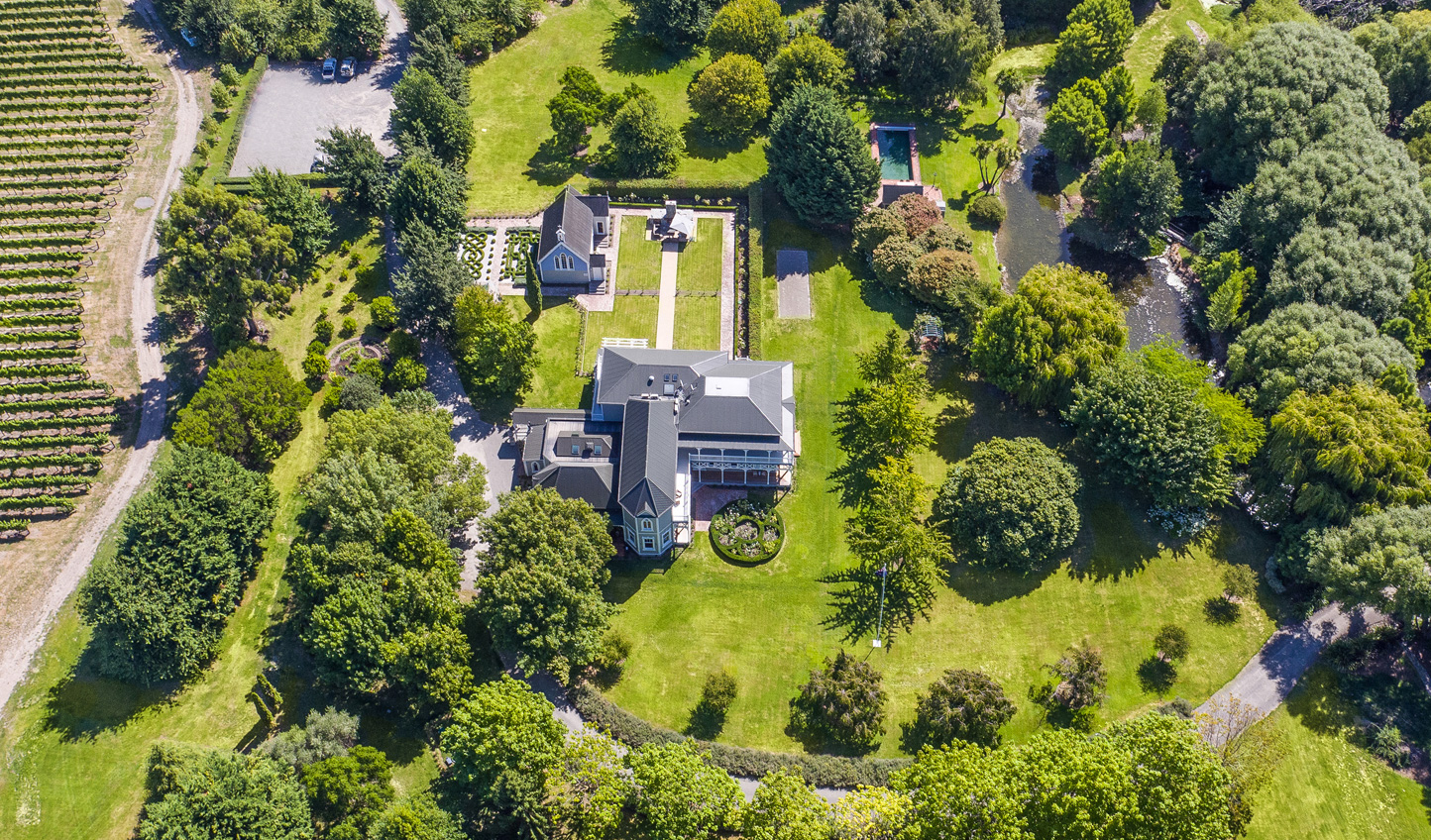 Feel at home amid the beautiful grounds of Marlborough Lodge