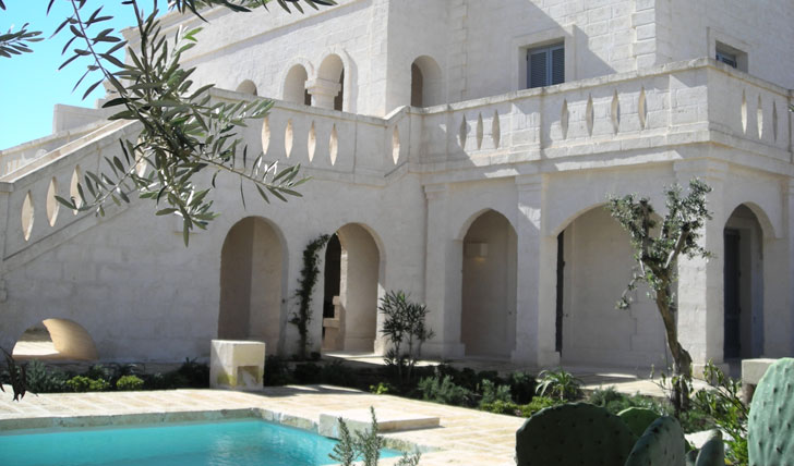 image of the outside of borgo egnazia