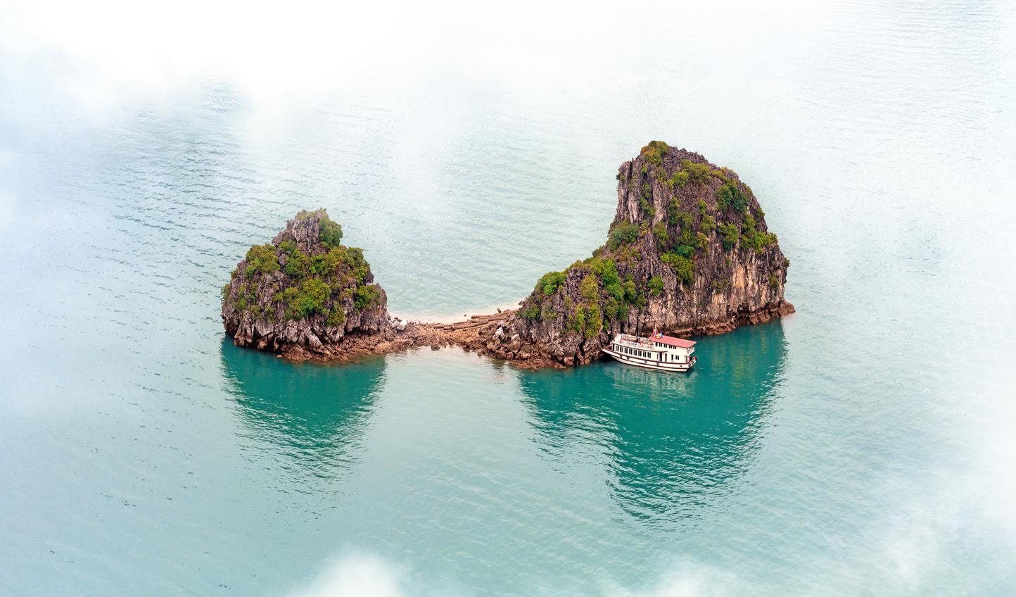 Swing by Halong Bay