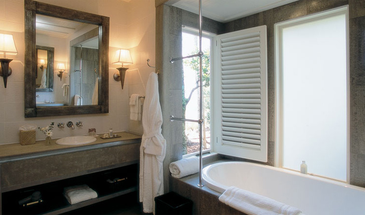 Your indulgent bathroom at Kauri Cliffs
