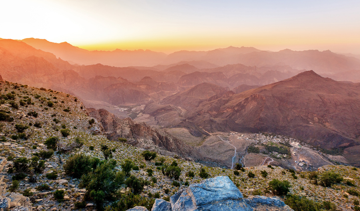 Hit the heights of the Hajar Mountains