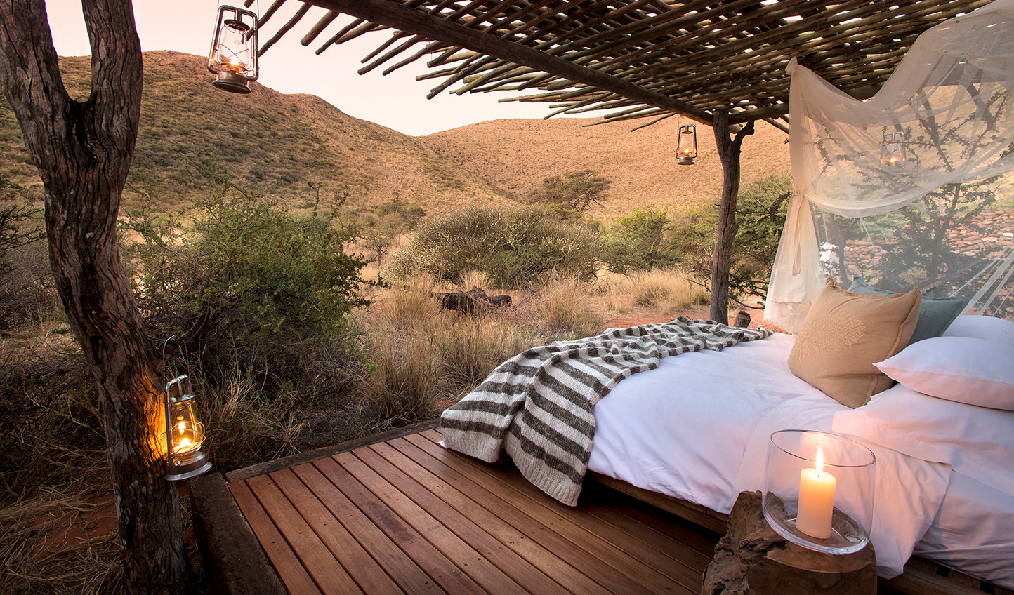 Sprawl out in the private star beds of each suite at Tarkuni Homestead