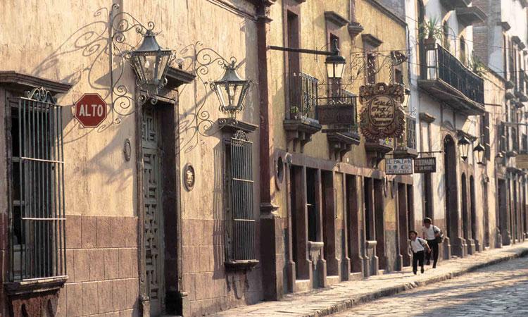 colonial street in san miguel