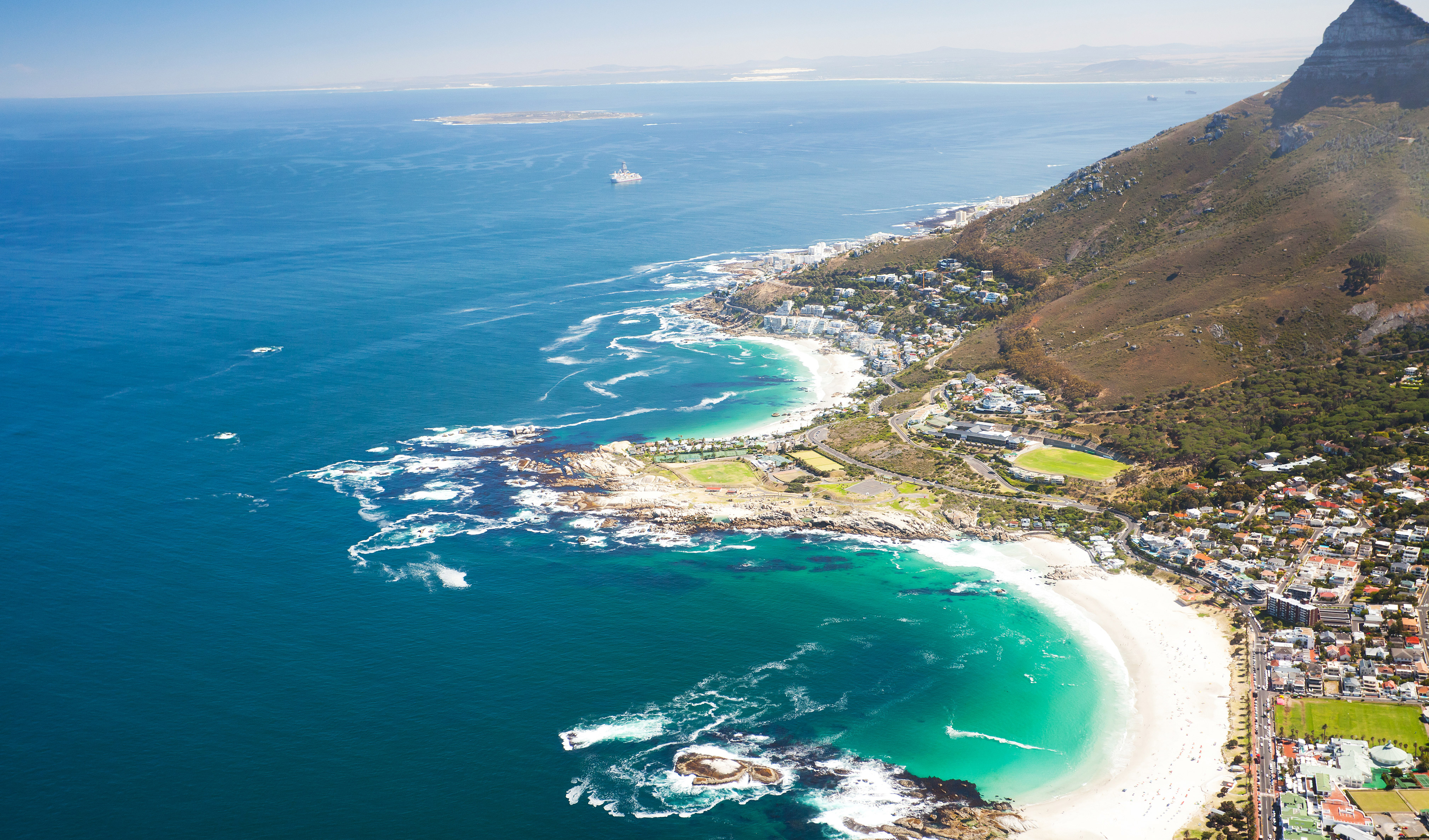 Discover the beautiful beaches of the Cape