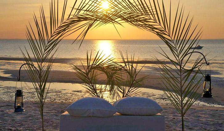 Watch the sunset at Azura Benguerra