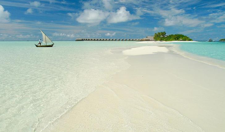 Cocoa Island beach bliss