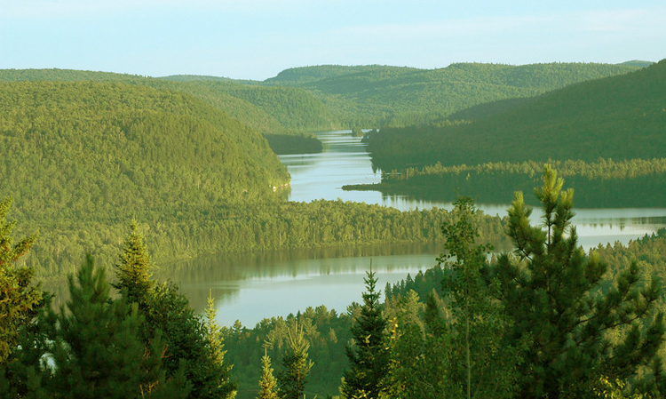 stunning green landscapes of mauricie