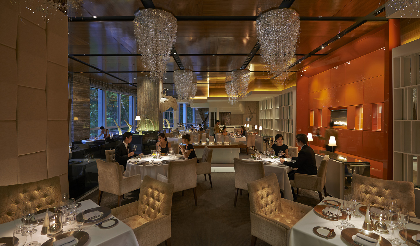 A sophisticated setting at Mandarin Grill