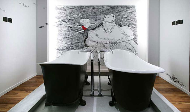Double bathtubs
