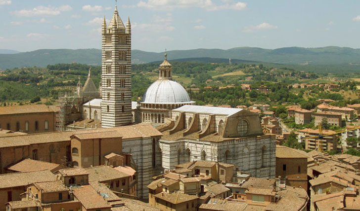 The spectacular duomo in siena