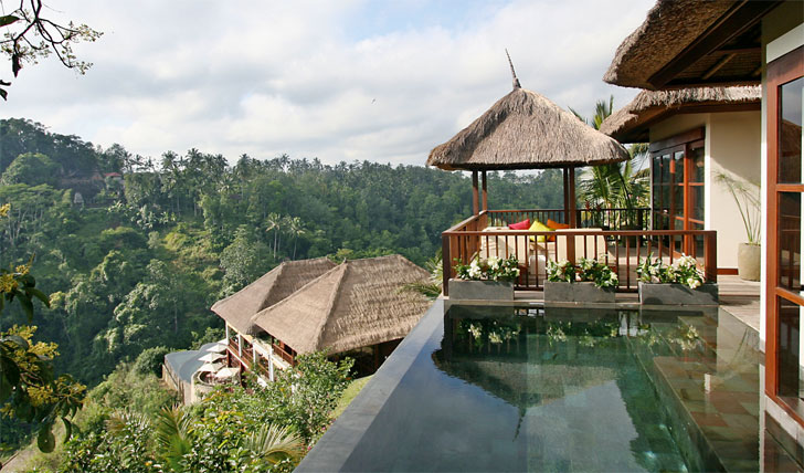 The luxury hotel of Hanging Gardens in Ubud