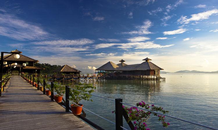 Gayana Resort huts