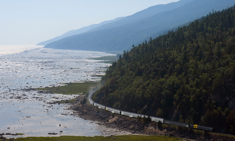 Le Massif train | Canada train holiday