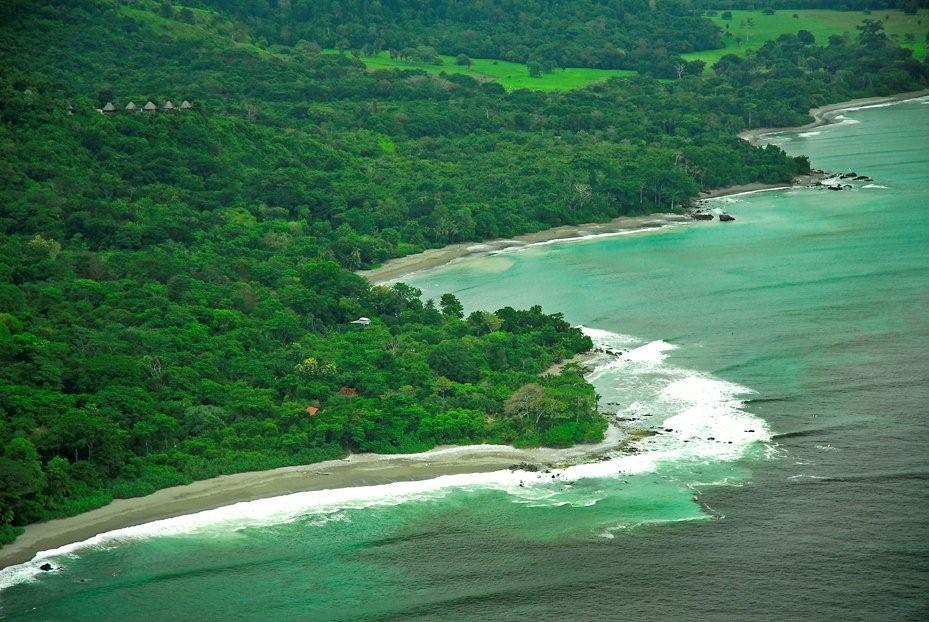 the osa peninsuala coast