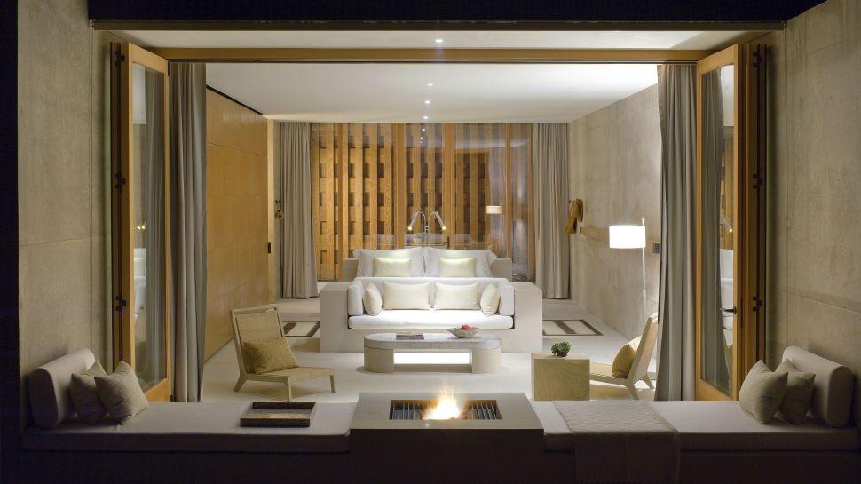 Sleek interiors in natural hues