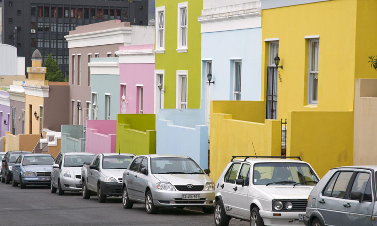 colourful houses on the streets of cape town