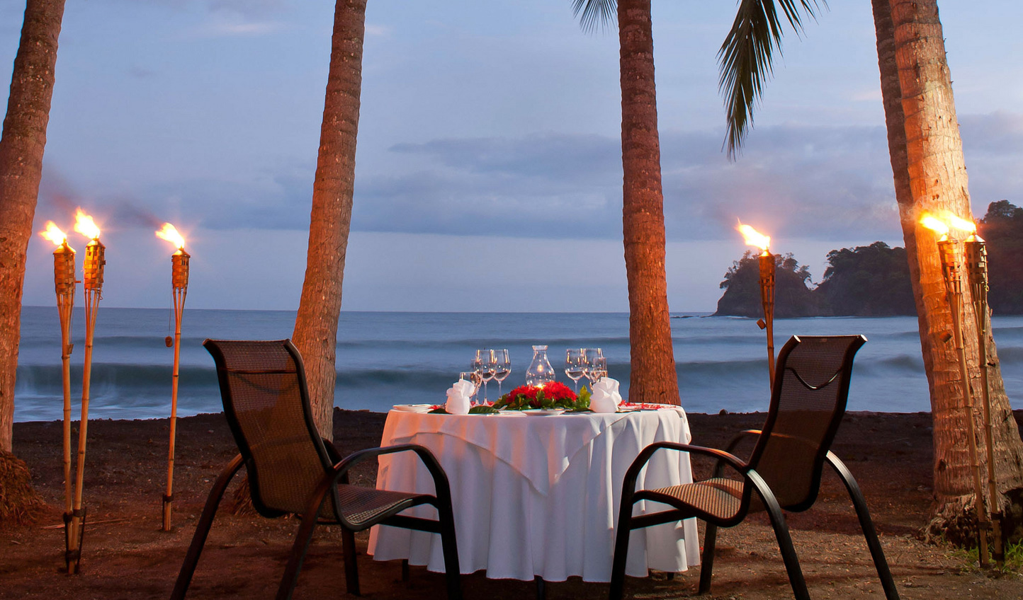 What a romantic setting for dinner