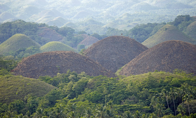 the chocolate hills, philippines