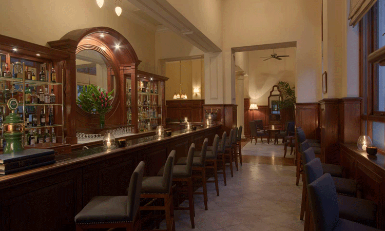 The bar at the strand