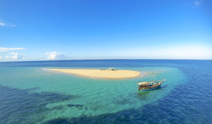 Explore the sandbanks of the Quirimbas Archipelago