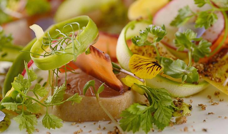 Feast on fresh tuna for lunch