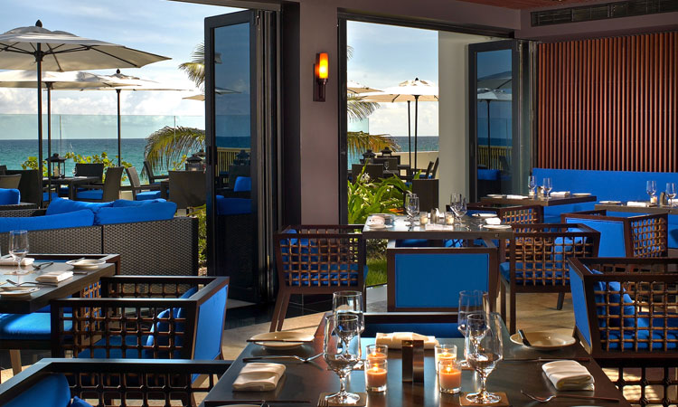 Luxury beach retreat the omphoy for Terrace 45 restaurant