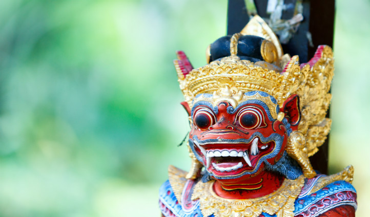 Traditional Balinese statue, Indonesia | Black Tomato