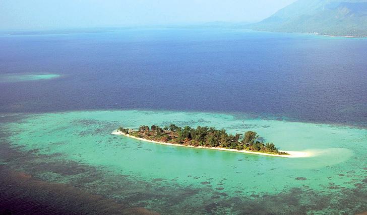 Kura Kura private island