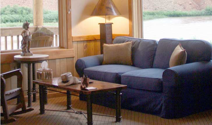 The lounge at Sorrel River Ranch