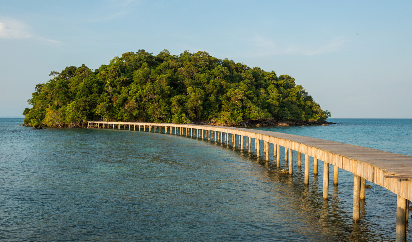 Escape civilisation and hop over to Koh Bon