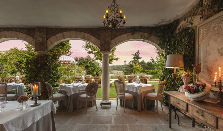 Dine on an Italian feast at Michelin-starred Meo Modo