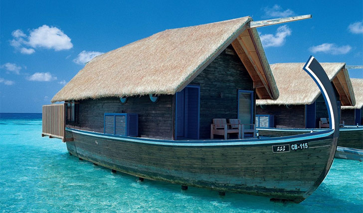 bedroom at cocoa island
