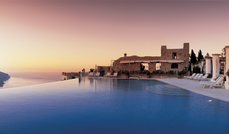 The stunning views over the cliff top infinity pool at Hotel Caruso