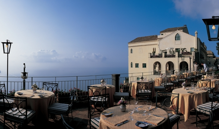 Amazing views of the sea and sky at the terrace restaurant, Hotel Caruso