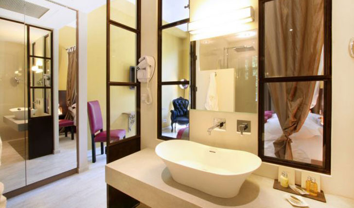 Hotel des Gantes bathroom