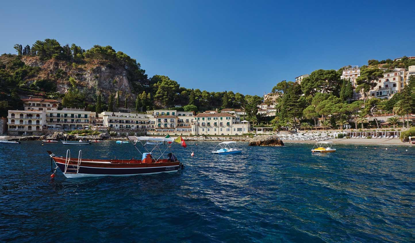 Sail away into Sicilia