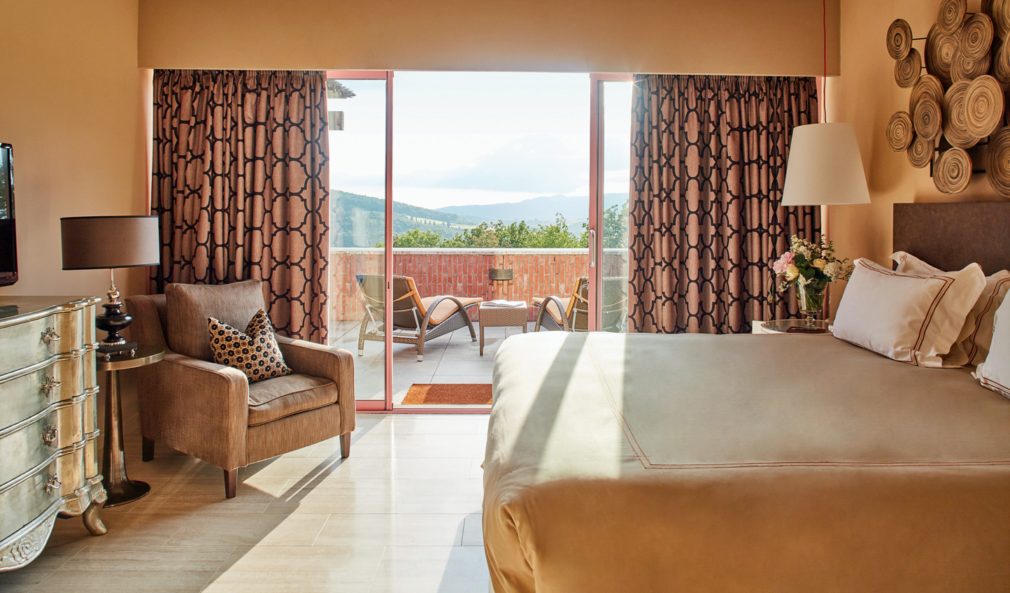 Suites designed in harmony with the natural landscapes