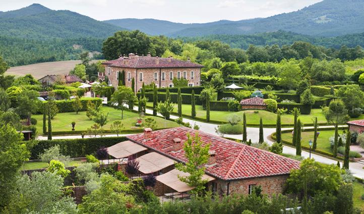 Borgo Santo Pietro boasts spectacular gardens