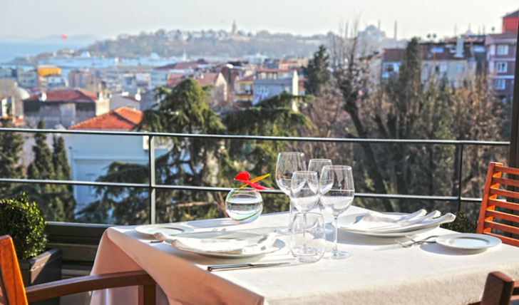 Wine & Dine with views across Istanbul