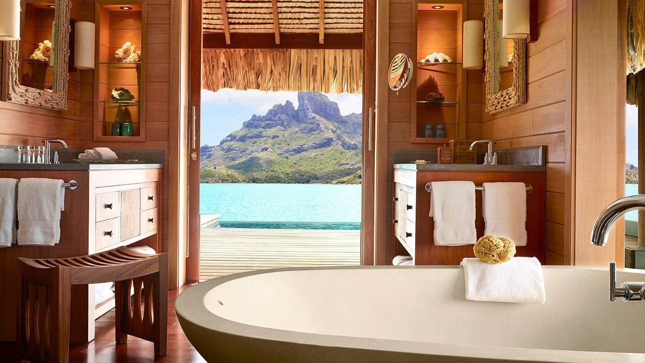 The ultimate relaxation holiday at the luxurious Four Seasons, French Polynesia