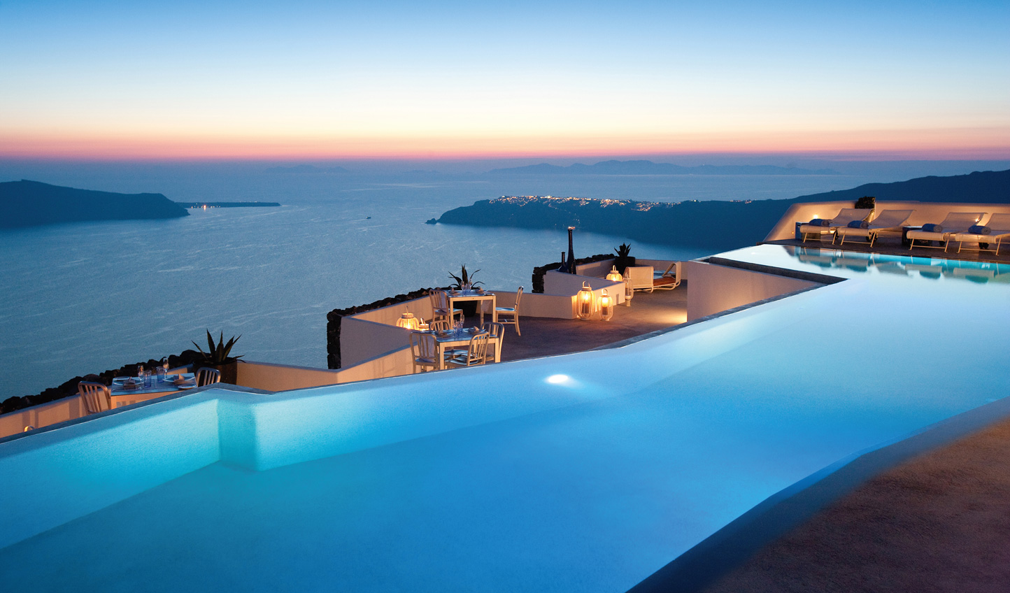 A magical escape on the picturesque island of Santorini