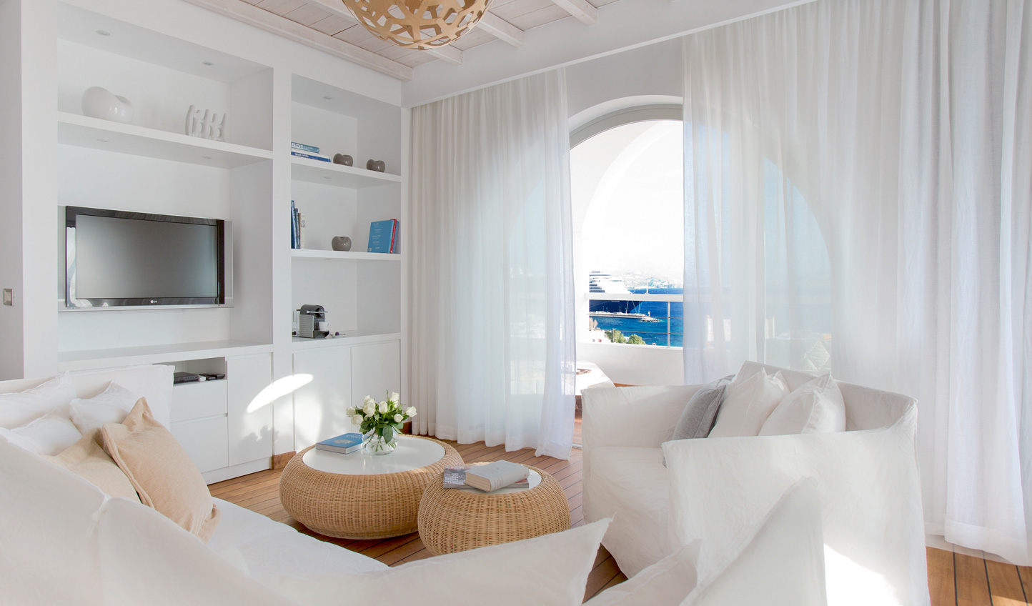 Relax in your stylish suite at Grace Mykonos