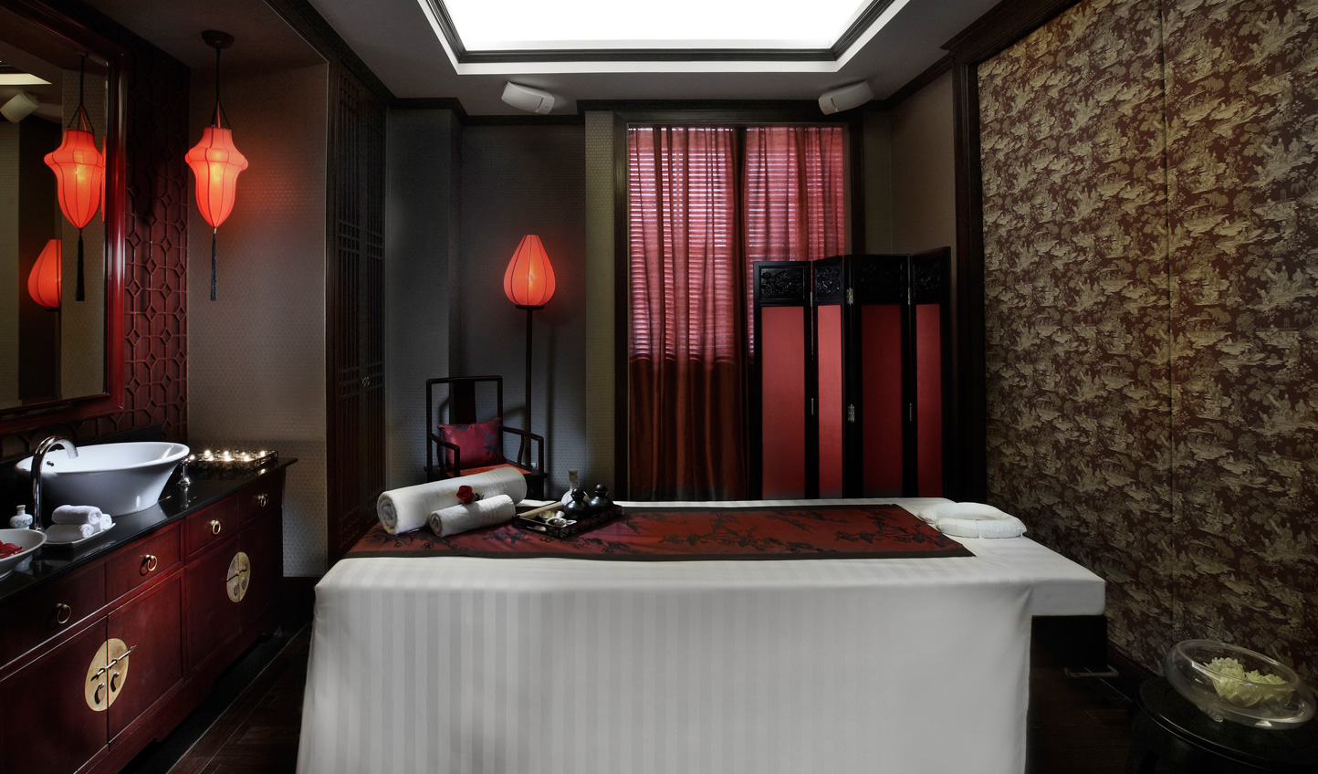 Escape the hustle and bustle of the spa amid the peace and tranquility of the spa