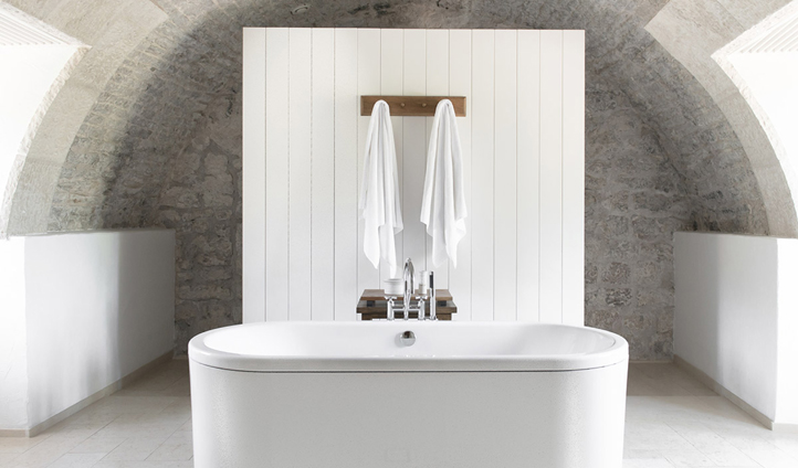 Statement bathtubs in your room