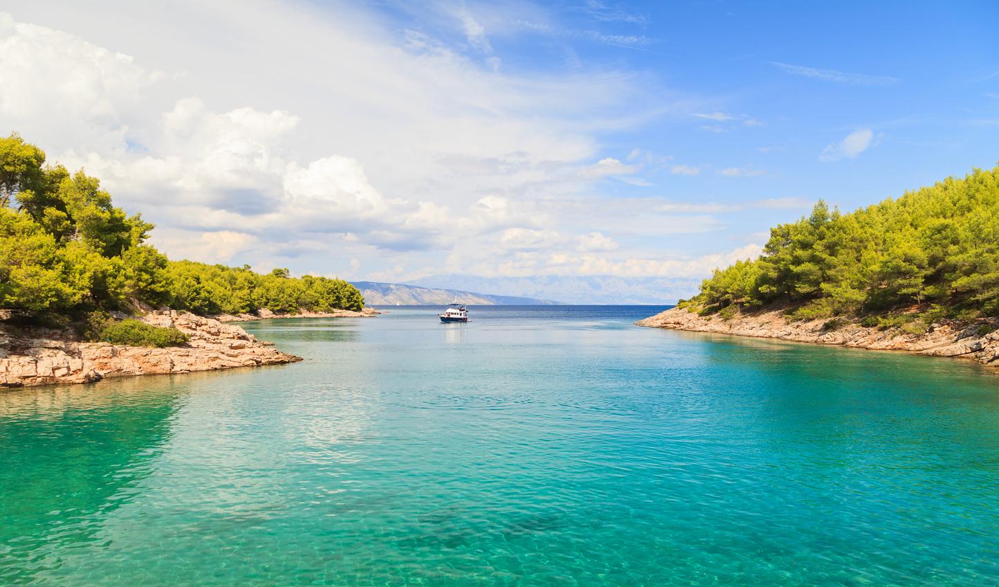 Adriatic-Coastline_59349130
