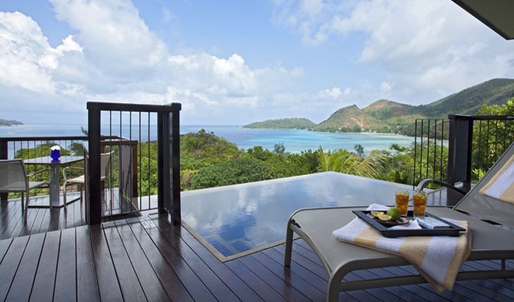 Ocean view villa plunge pool