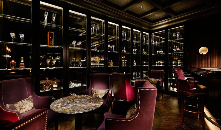 Enjoy a drink at the Palace Hotel Bar, Tokyo