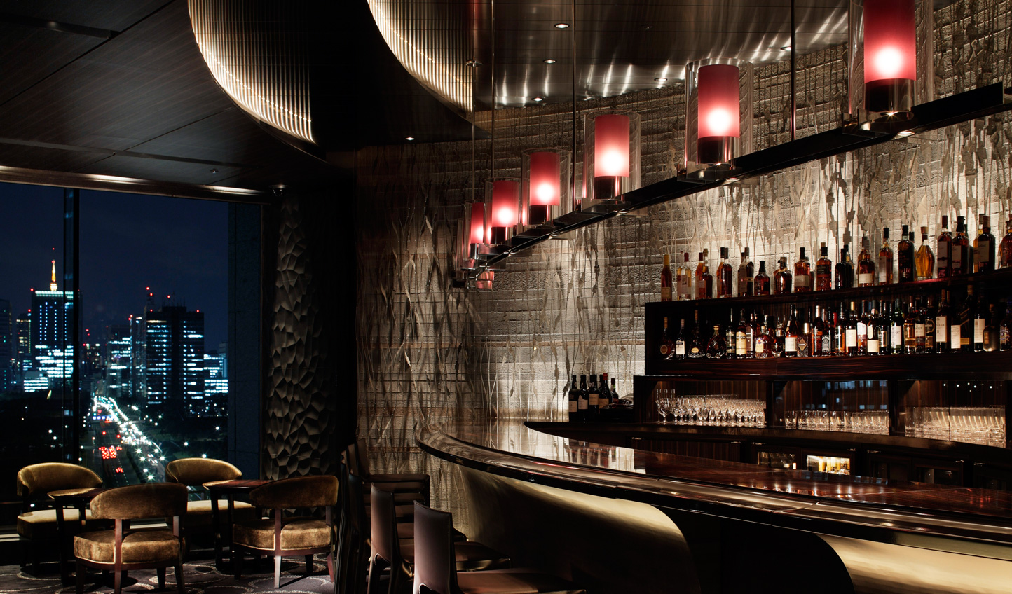 The chic and intimate Lounge Bar Privé