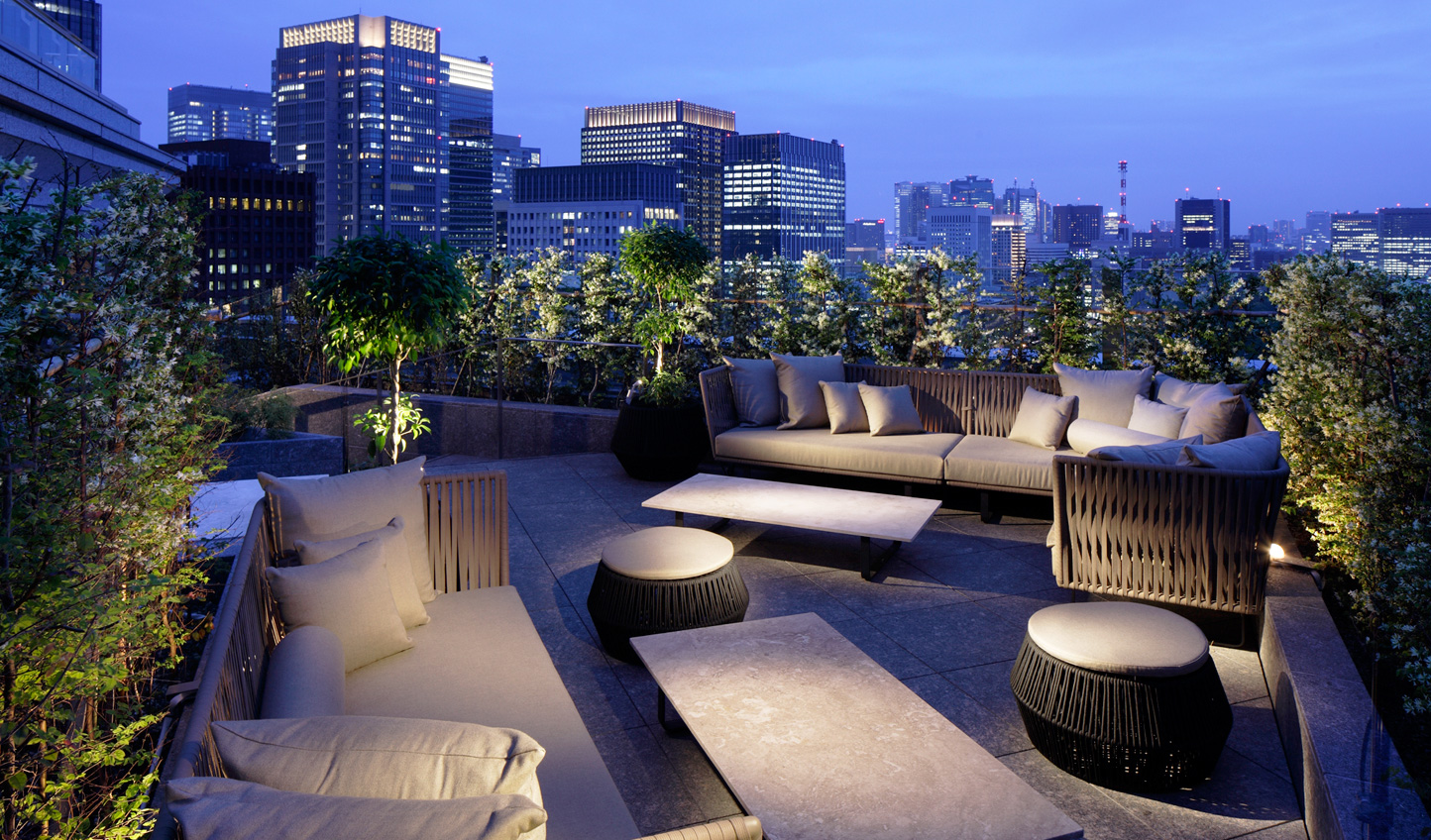 Head up the the Club Lounge terrace for a drink in privacy with some unbeatable city views