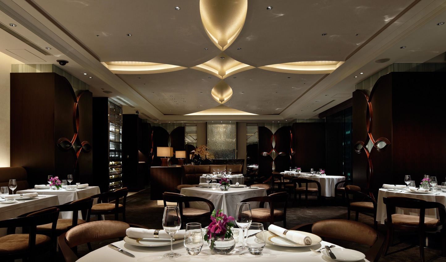 Have a fine dining experience at Crown